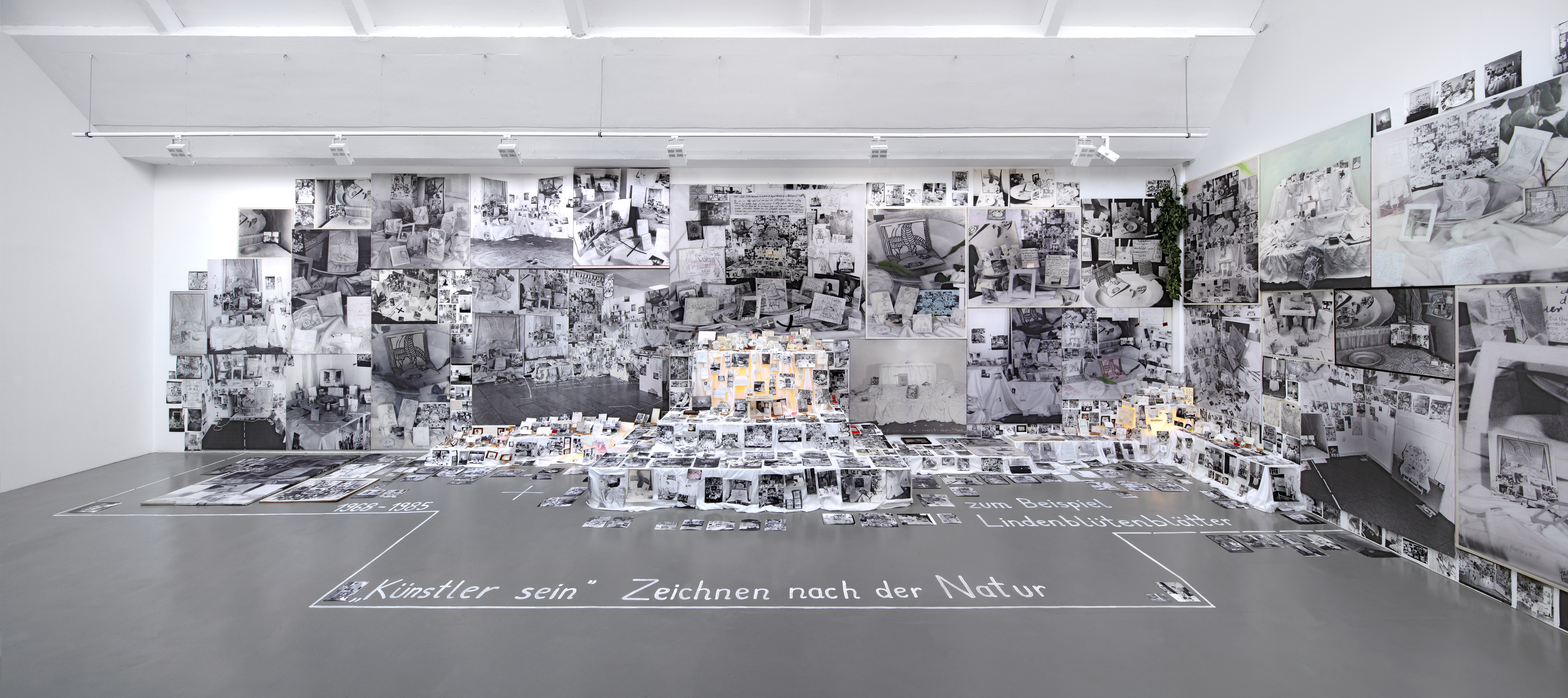 Galerie Barbara Thumm \ Anna Oppermann: Being an artist (Drawing from nature, for example linden blossom petals), 1969 – 1985 \ Being an Artist (Drawing from Nature, for Example, Linden Blossom Petals) (1969 – 1985)
