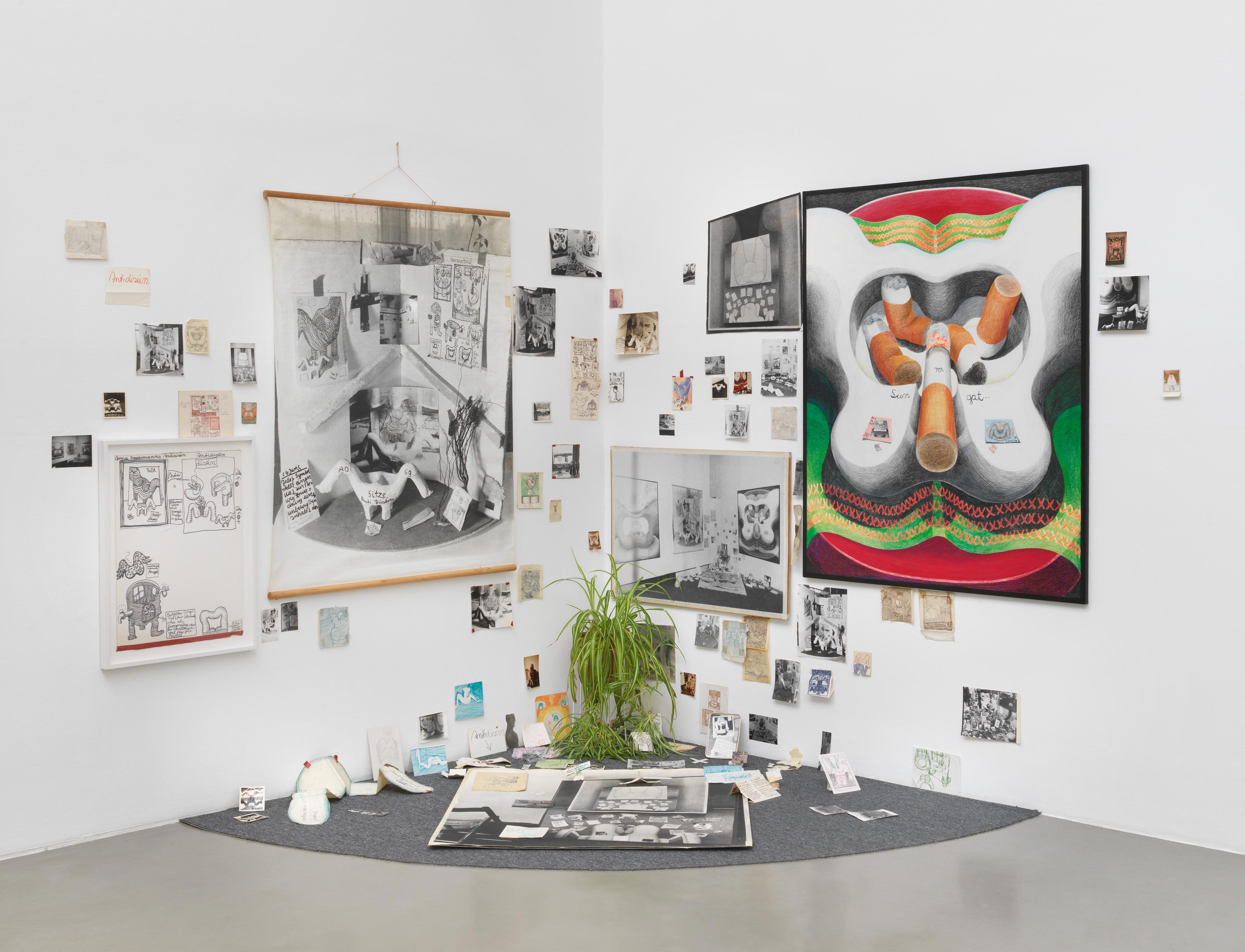 Galerie Barbara Thumm \ Anna Oppermann – Das Bild steht auf der Fensterbank