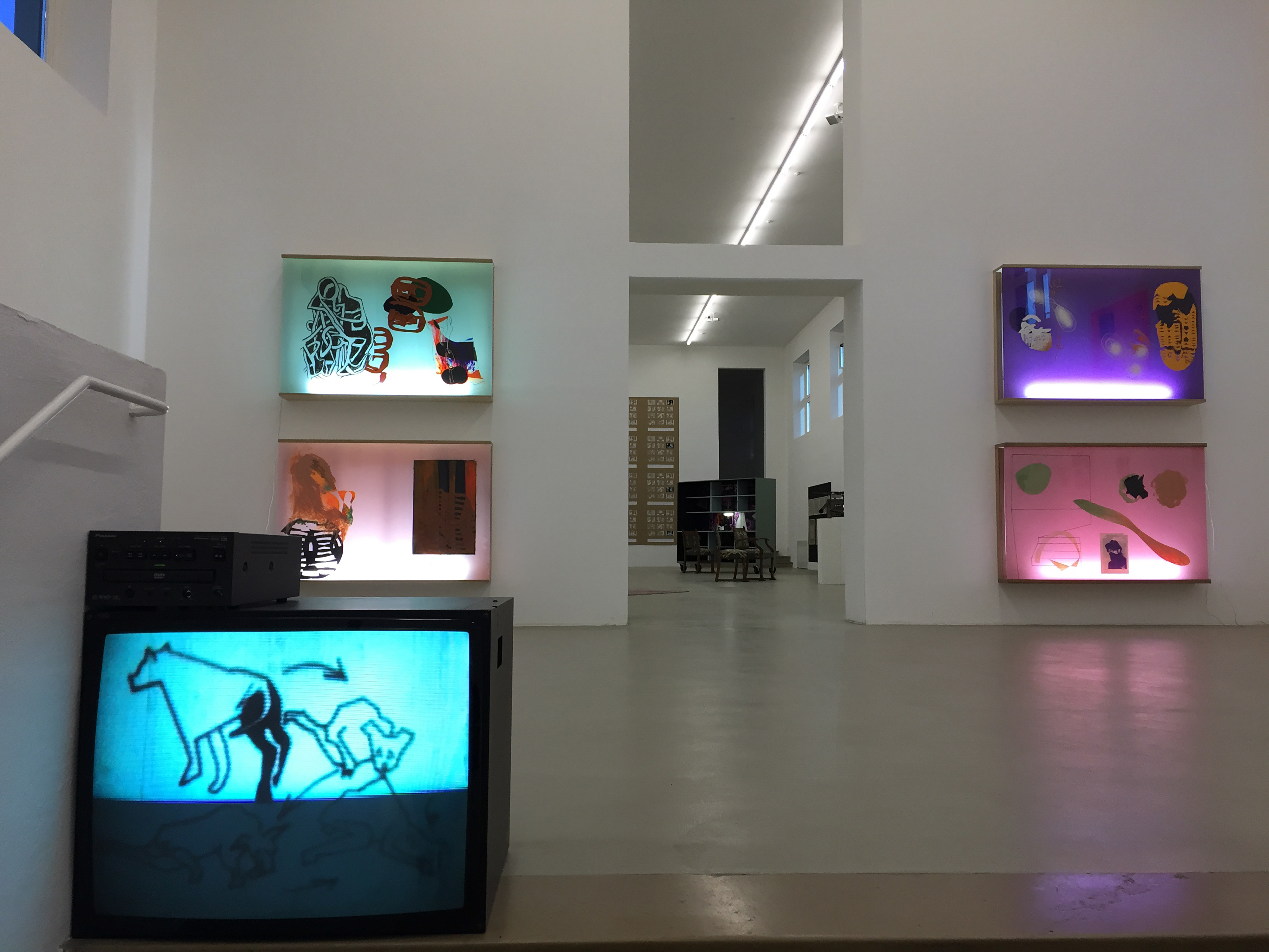 Galerie Barbara Thumm \ Anne-Mie van Kerckhoven – Serving Compressed Energy with Vacuum