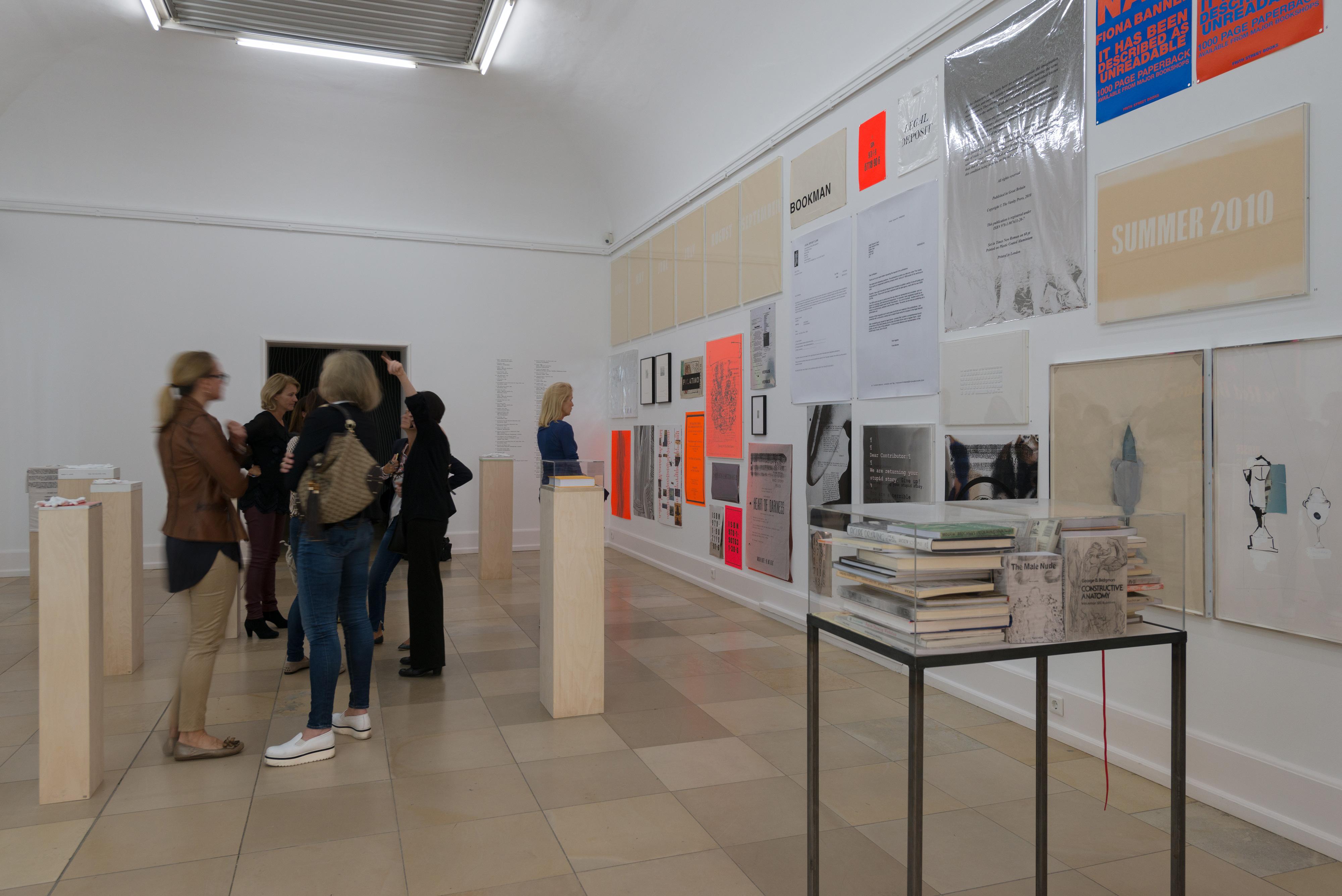Galerie Barbara Thumm \ Fiona Banner aka The Vanity Press – Scroll Down And Keep Scrolling