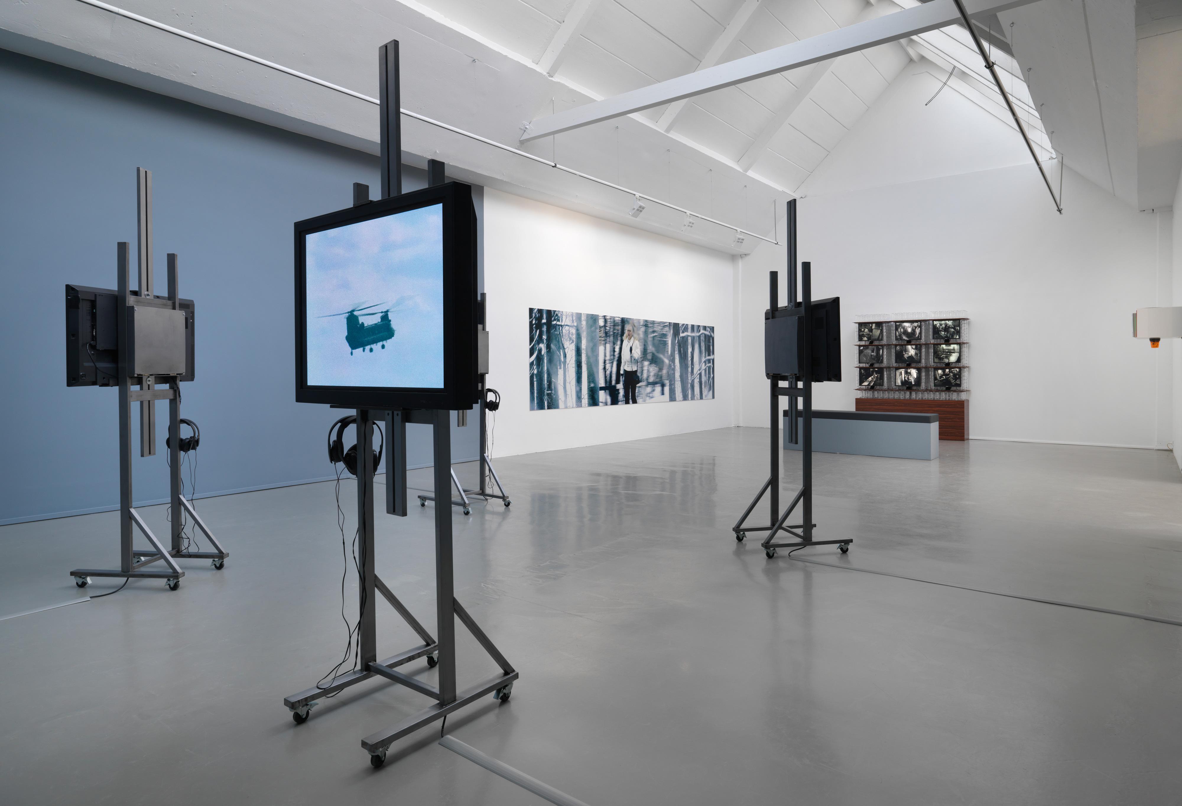 Galerie Barbara Thumm \ Fiona Banner / Ann-Sofi Sidén