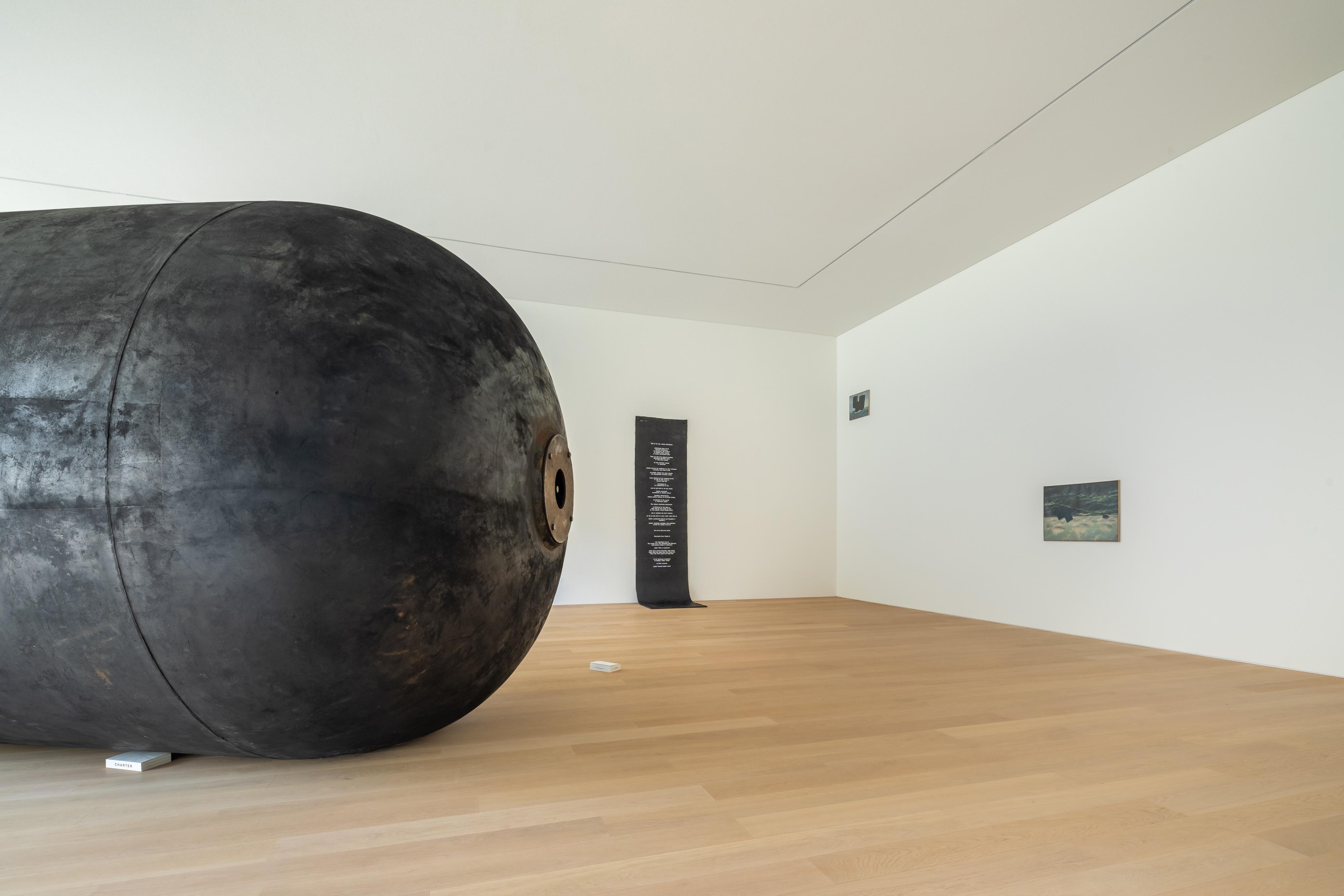 Galerie Barbara Thumm \ Fiona Banner aka The Vanity Press – P E R I O D