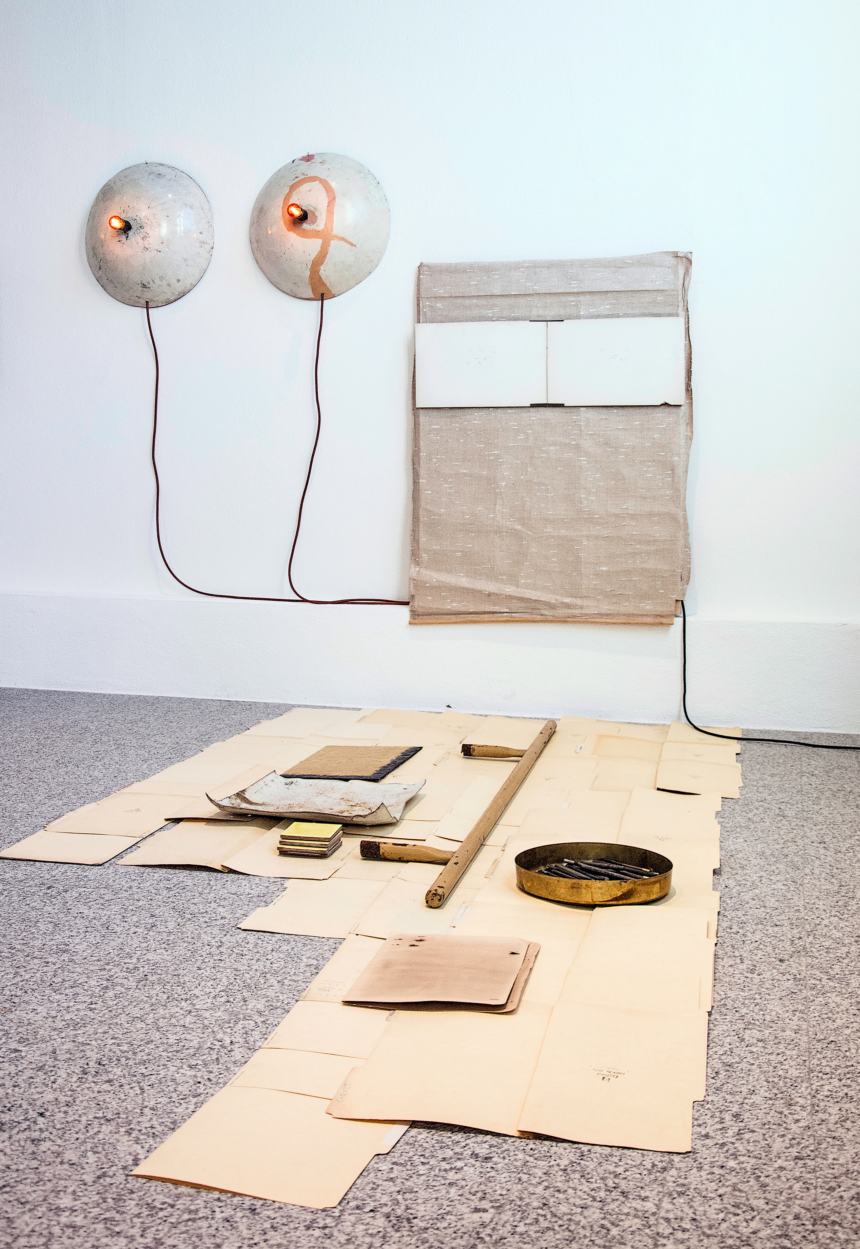 Galerie Barbara Thumm \ Sarah Entwistle – You should remember to do those things done before that have to be done again