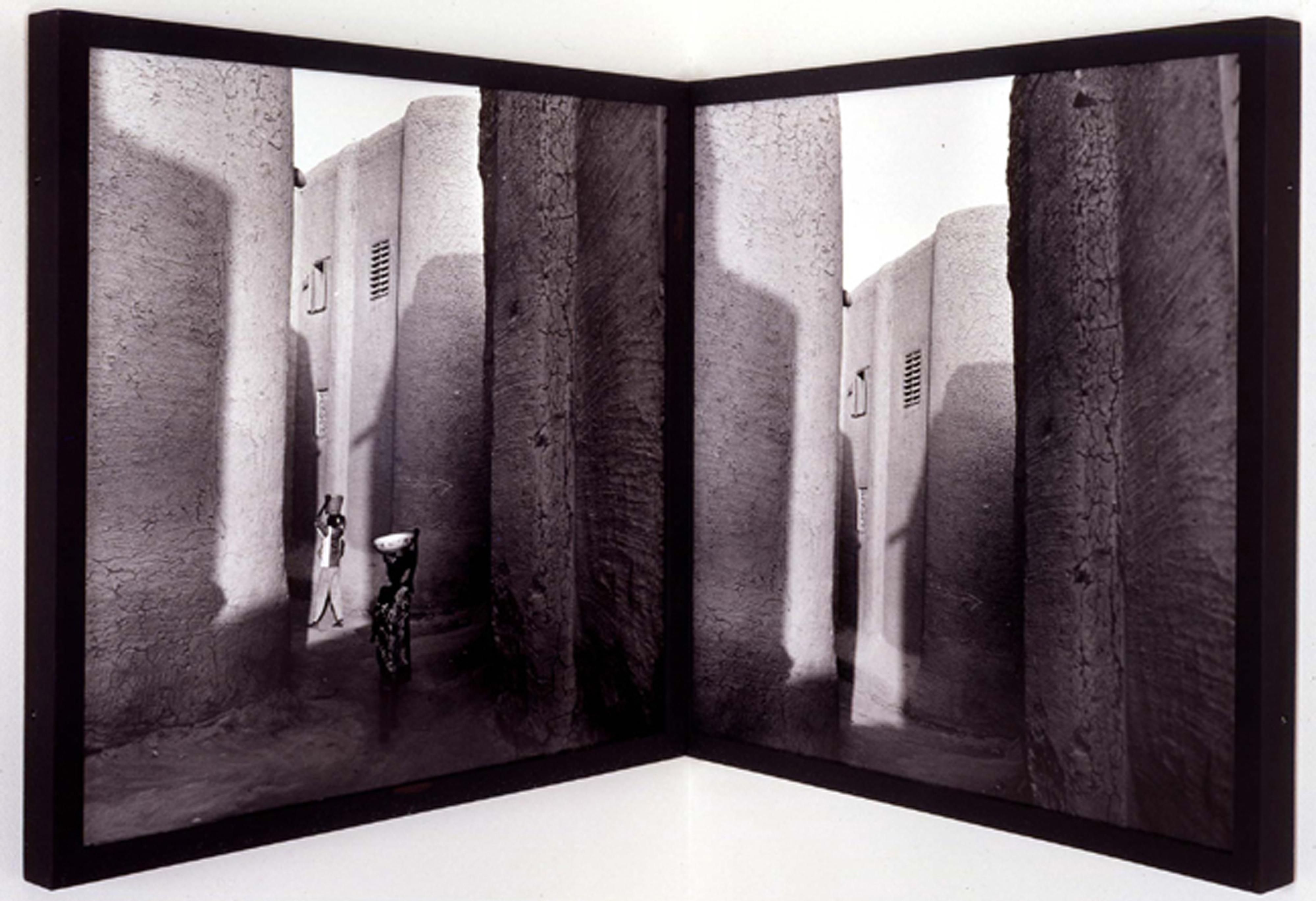 Galerie Barbara Thumm \ Carrie Mae Weems: Passage Way (diptych) (CMW-93-003) \ Passage Way (diptych) (1993)