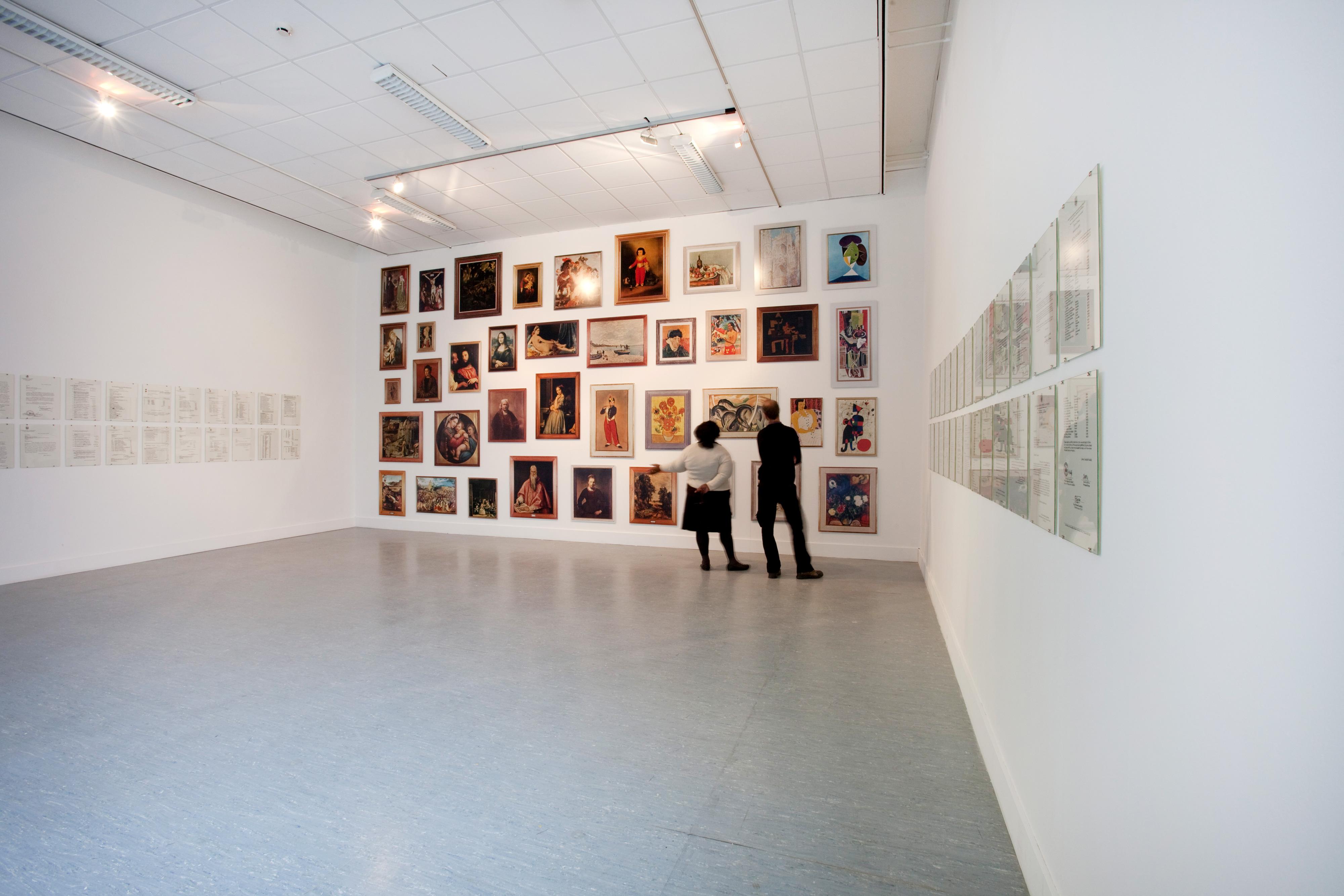 Galerie Barbara Thumm \ Fernando Bryce – An Approach to the Museo Hawai