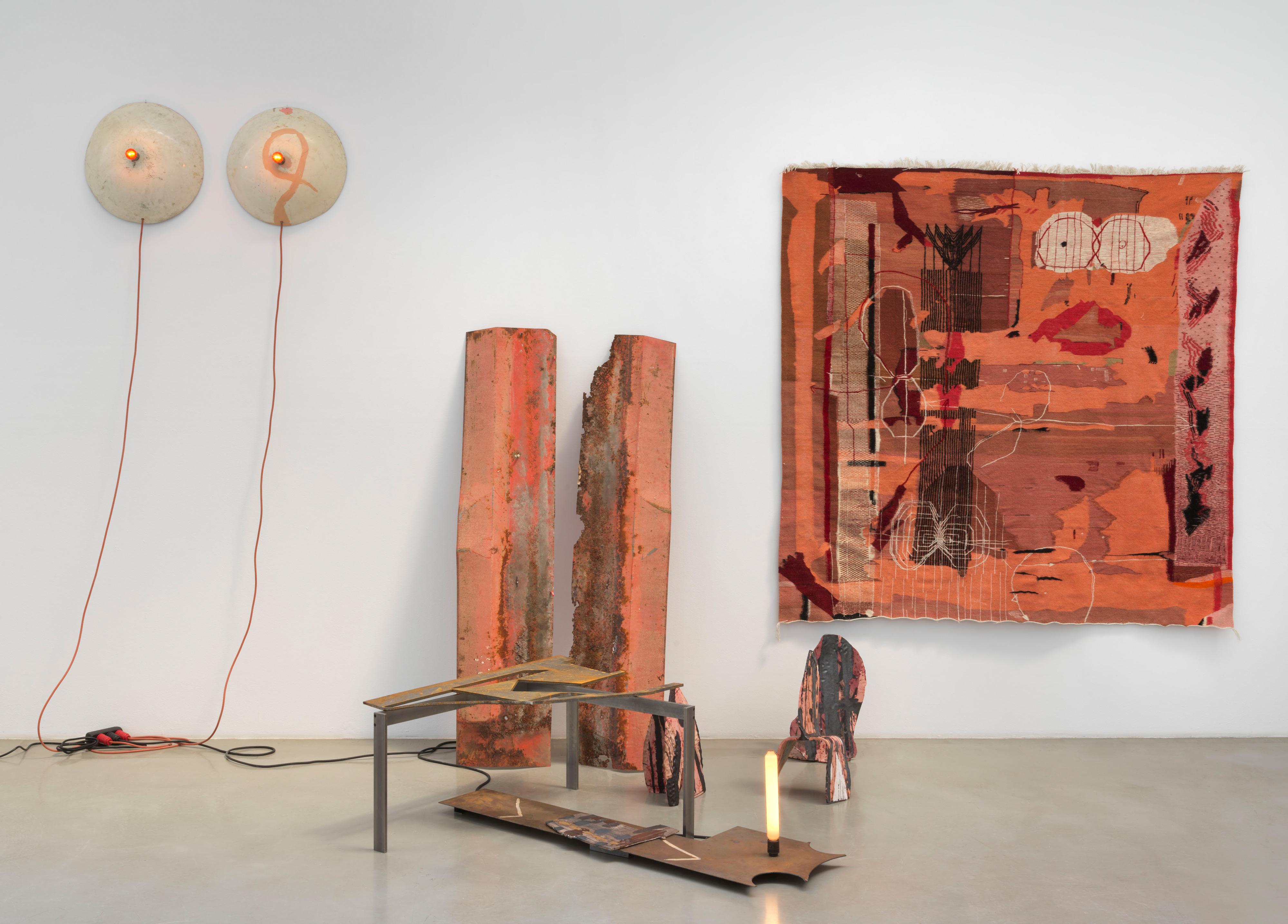 Galerie Barbara Thumm \ Sarah Entwistle: The tantalizing and ruinous link of the telephone. (SEn-21-012) \ The tantalizing and ruinous link of the telephone. (2021)