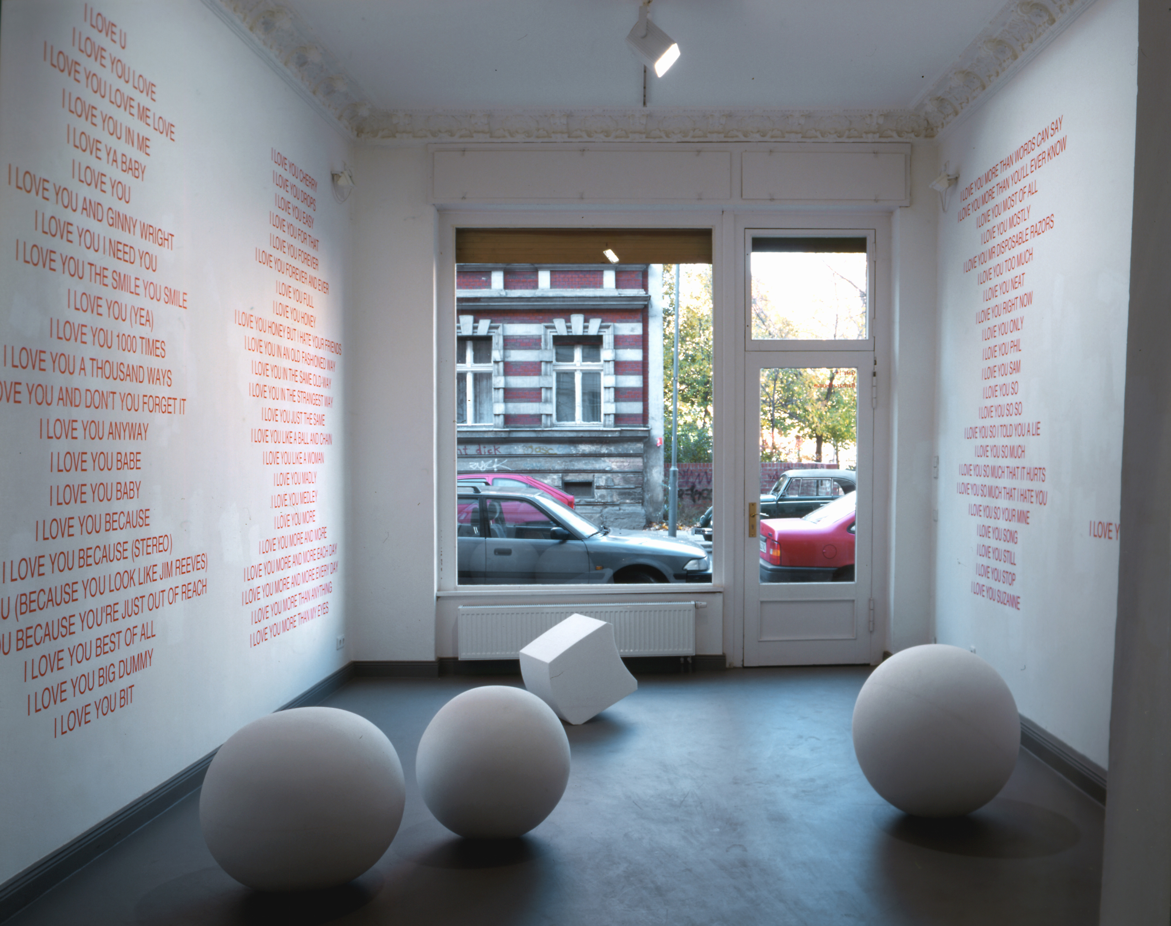 Galerie Barbara Thumm \ Fiona Banner aka The Vanity Press