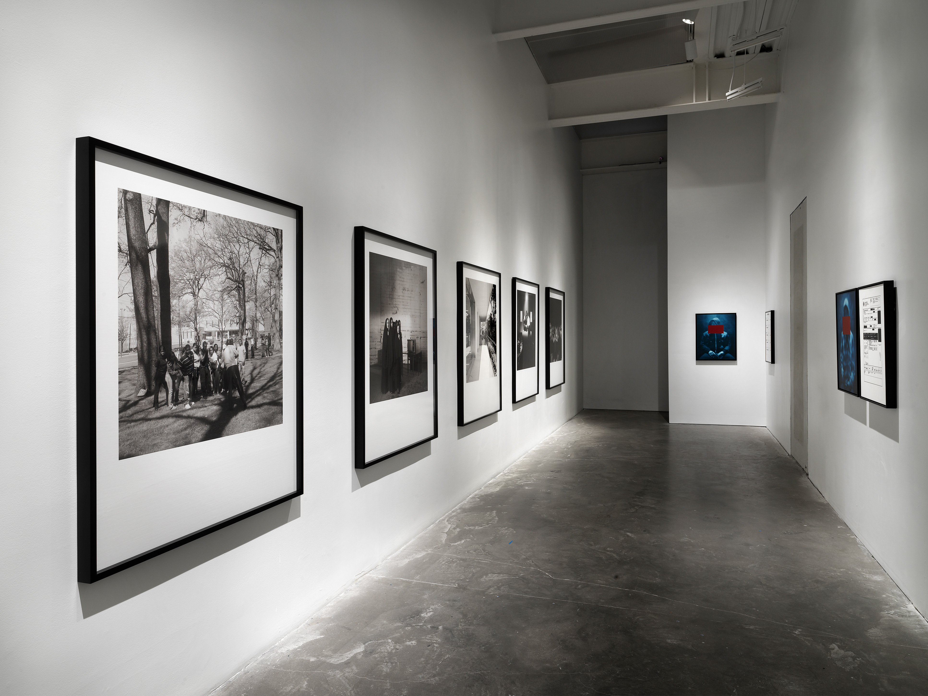 Galerie Barbara Thumm \ Carrie Mae Weems – Grief and Grievance: Art and Mourning in America