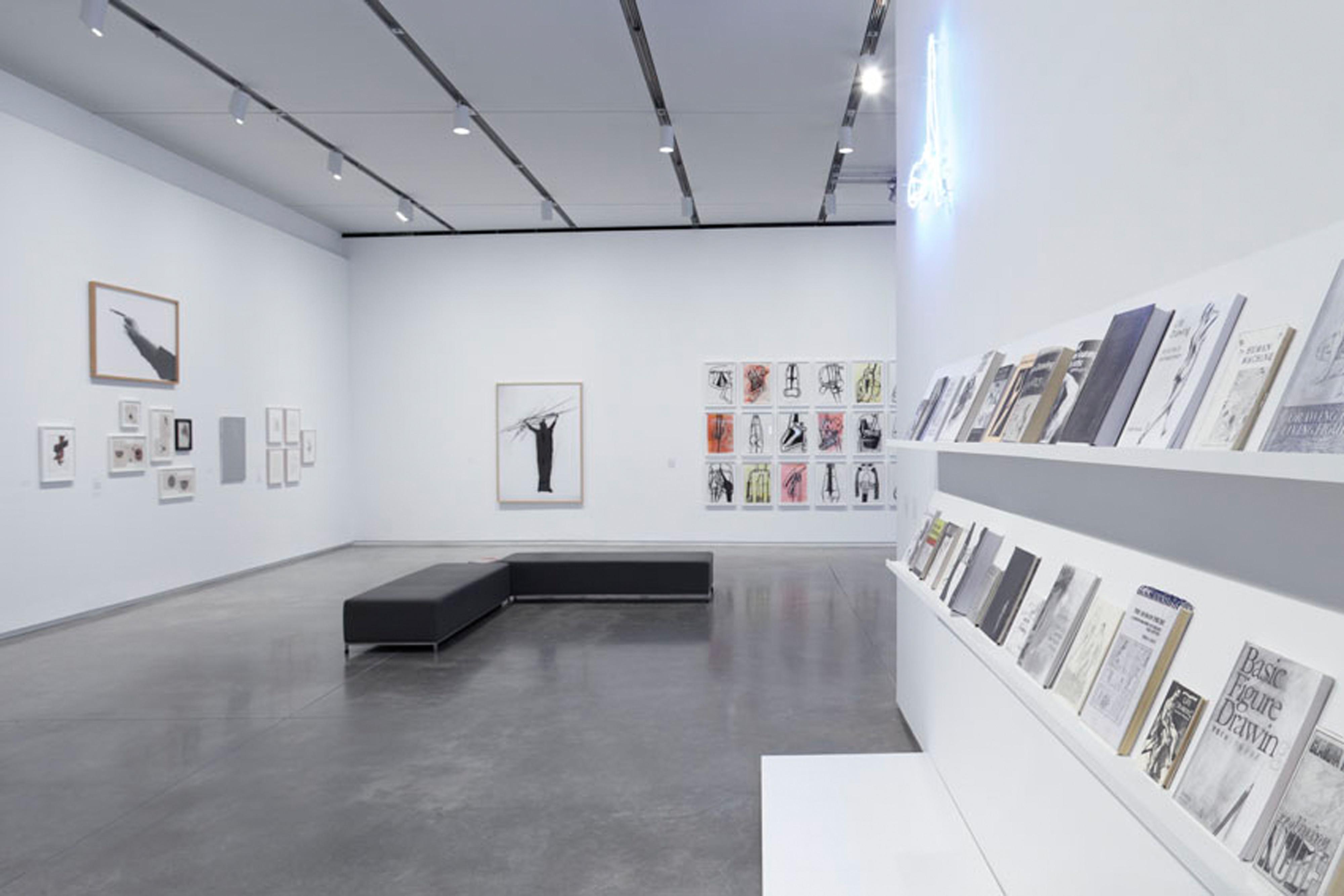 Galerie Barbara Thumm \ Fiona Banner aks The Vanity Press – Dance/ Draw